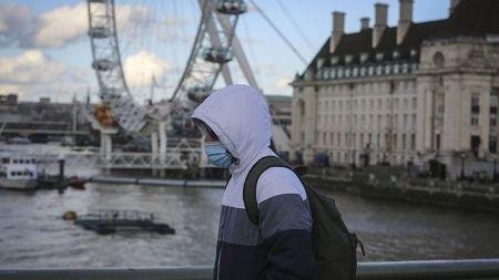 İngiltere'de normalleşme planı ertelendi