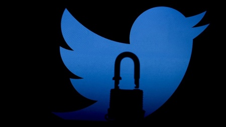 Nijerya'da Twitter krizi büyüyor! Devlet Başkanı'na dava açıldı