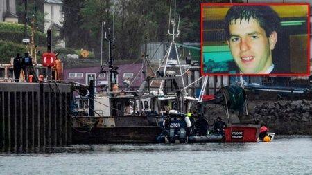 Suyun altından çıkan arabada 17 yıldır kayıp gencin kemikleri bulundu