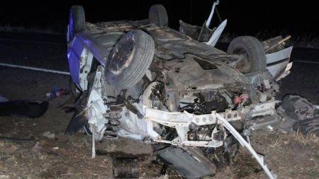 Taziye dönüşü feci kaza: 3 ölü, 2 yaralı