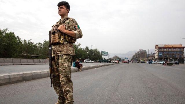 Afganistan'da 3 il dışında sokağa çıkma yasağı getirildi