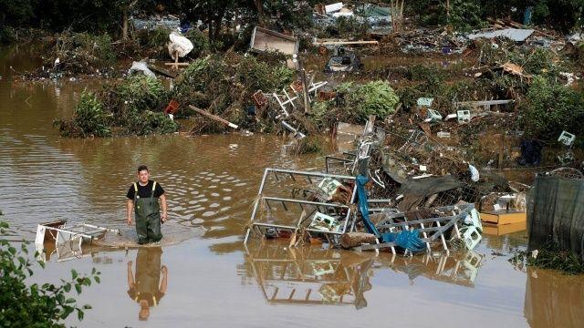 Almanya'daki sel felaketinde ölü sayısı arttı