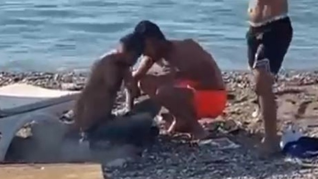 Antalya'da maganda dehşeti: Sahilde ateş etti
