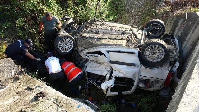 Bayram dönüşü feci kaza: Bir aile yok oldu