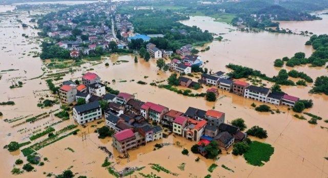 Çin'de sel felaketi: 120 bin kişi tahliye edildi