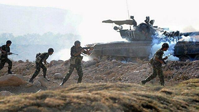 Ermeni askerleri Azerbaycan askerlerine yine ateş açtı