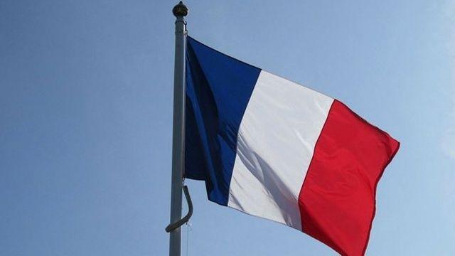 Fransa'da iki imam görevden alındı