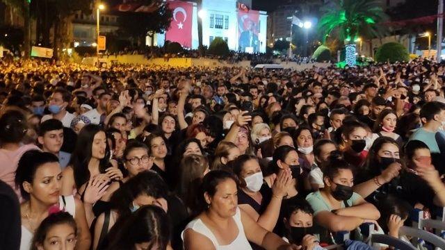 Hatay'ın anavatana katılışı kutlamalarında Haluk Levent rüzgarı esti