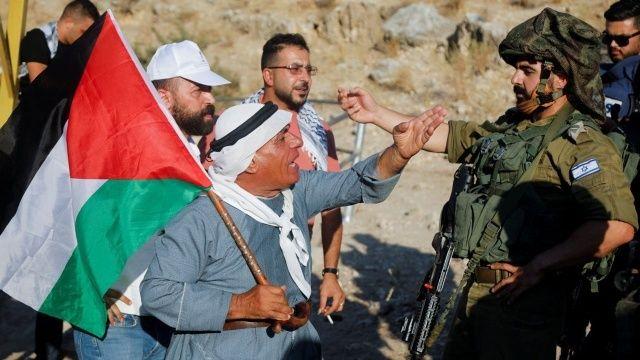 İşgalci İsrail'den Filistinli protestoculara sert müdahale: 1 ölü çok sayıda yaralı