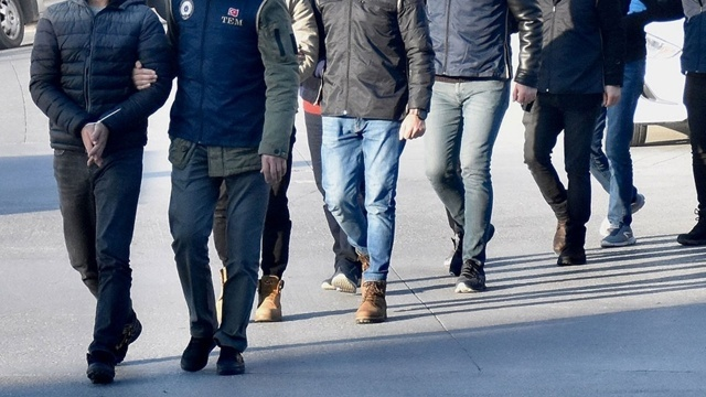 İstanbul başıboş gezen 709 düzensiz göçmen yakalandı