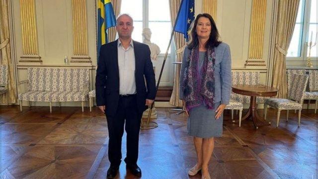 İsveçli bakan YPG'li teröristleri ağırladı