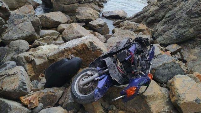 Kontrolden çıkan motosiklet uçuruma yuvarlandı: 1 ölü