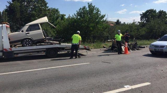 Makas atan otomobil dehşet saçtı: 1 ölü, 10 yaralı