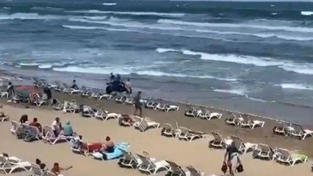 Şile'de denize girmek yasaklandı: Kayıp 2 kişi aranıyor