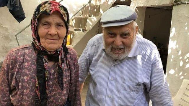 Yaşlı çift evde ölü bulundu