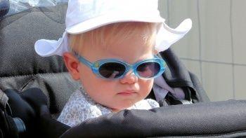'Çocuklarda güneş gözlüğünü ihmal etmeyin'