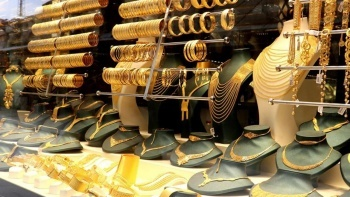 10 günde 12 lira arttı: Altın için yıl sonu tahmini açıklandı