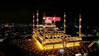 15 Temmuz'un 5. yıl dönümünde 81 ildeki camilerde sela okundu