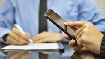 AB dijital vergi teklifini askıya alıyor