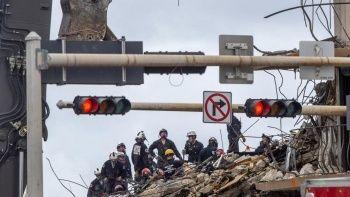 ABD'deki çöken 12 katlı binadan son cansız beden çıkarıldı