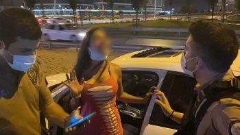 Alkollü kadın sürücü terör estirdi, tehditler savurdu