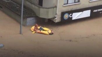 Artvin'deki sel faciası: 'Boğuluyorum' feryadına bot ile koştular