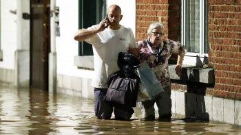 Belçika'da yine sel felaketi! Araçlar sele kapıldı su baskınları yaşandı