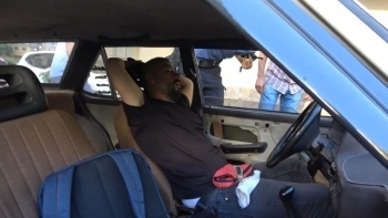 Benzeri görülmemiş olay: Arabasında gördüğü manzara şoke etti