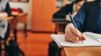 Bilimsel araştırmadan ezber bozan sonuç çıktı: Tablet değil kalem defter!