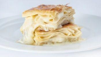 5 dakikada hazırlanan su böreği tadında dilimli börek tarifi