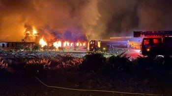 Elazığ'da geri dönüşüm fabrikasında yangın!
