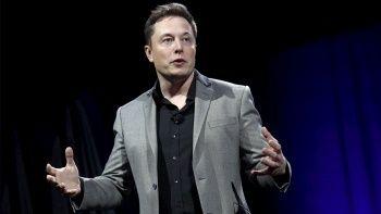 Elon Musk'tan ilginç iddia: Bir parazit insanları yönetecek