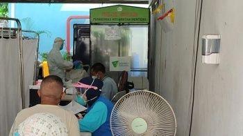Endonezya'da günlük koronavirüs vakası zirve yaptı