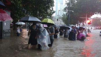 Fotoğraflar Çin'den! Binlerce kişi sığınaklara taşındı