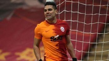 Galatasaray'da Radamel Falcao'ya talip var! | Son dakika transfer haberleri...