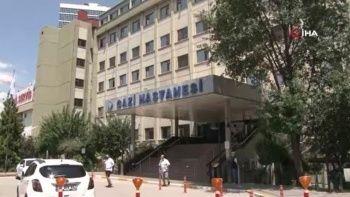 Hastane personeli müdürünü 6 yerinden bıçakladı