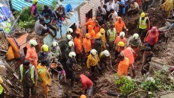 Hindistan'da yağışlar toprak kaymasına neden oldu: 25 ölü