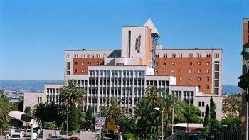İspanya'da bir tatilci otel çalışanının gözlerini oydu iddiası!