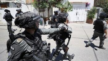 Sosyal medyada tepki yağdı: İsrail güçleri Filistinli bir çocuğa ateş açtı