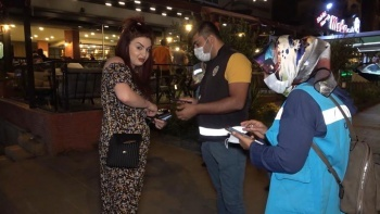Israrla maske takmak istemeyince 'yaz cezamı' dedi: Bin 50 lira ceza uygulandı