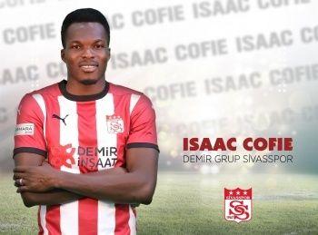 Issac Cofie Sivasspor ile yeni sözleşme imzaladı