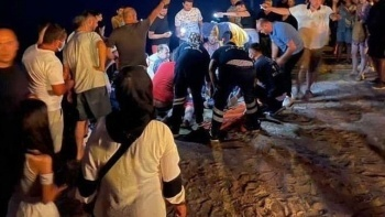 İzmir'de denize giren 13 yaşındaki çocuk boğuldu