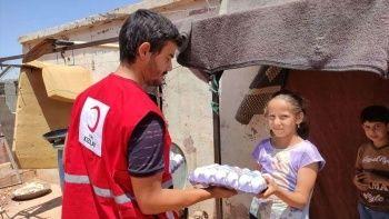 Kızılay'dan İdlib'deki yetimlere destek