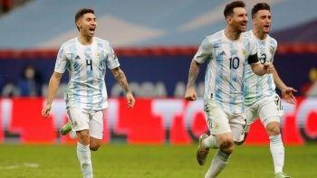 Kolombiya'yı deviren Arjantin Kupa Amerika'da finalde