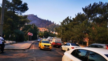 Marmaris'te tahliyeler devam ediyor tatilciler de ayrılıyor