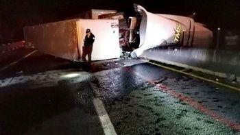 Meksika'da tır yolcu otobüsüne çarptı: 6 ölü