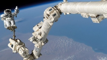 NASA duyurdu: Yörüngede büyük tehlike!