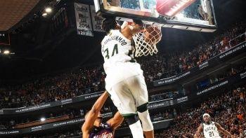NBA final serisinde Milwaukee Bucks öne geçti