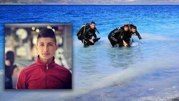 Salda Gölü'ne giren genç boğuldu, ailesinin feryatları yürek dağladı