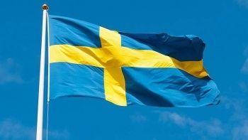 Son dakika... İsveç'te 9 kişinin bulunduğu uçak düştü